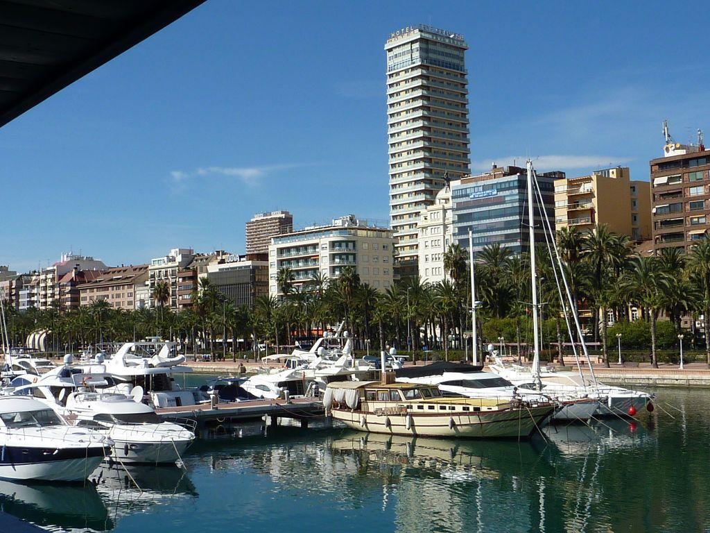 1-Alicante-Hafen
